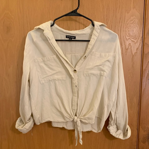 Style Envy Tops - off white button up crop top